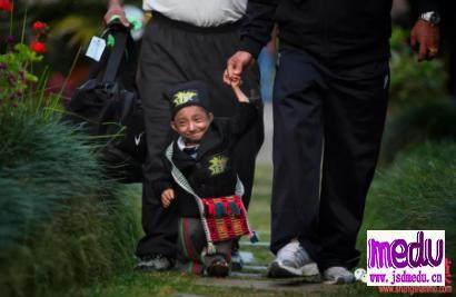世界上最矮小的人去世了,享年27岁,哈根德拉·萨帕·马加尔曾任尼泊尔旅游官方代言人
