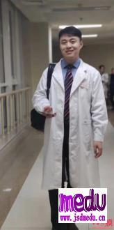 朝阳医院眼科专家陶勇被患者家属菜刀砍成重伤,医生本是白衣天使,为何却被推进地狱?