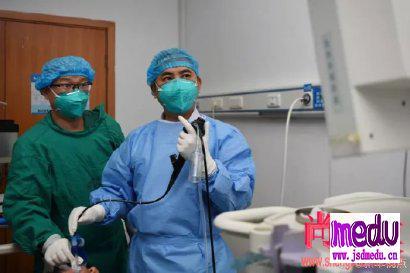 根据武汉肺炎亲历者描述,中医如何辨证治疗新型肺炎?