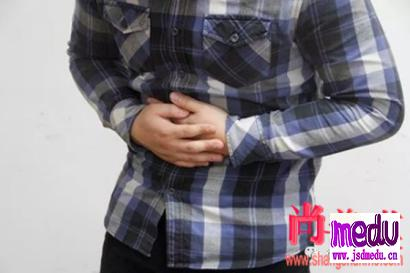 脾胃虚弱的症状表现:前额、手心、胸口爱出虚汗