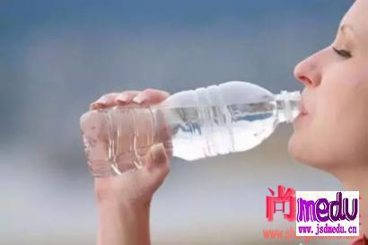 多喝水对身体有哪些好处?