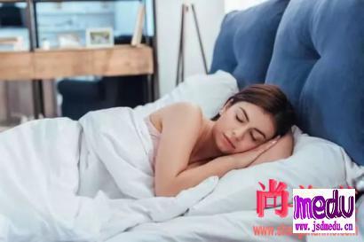 """""""睡商低""""是什么意思?睡商低对身体危害都有哪些?"""