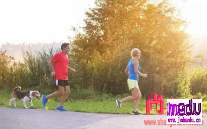 晨跑好,还是夜跑好?