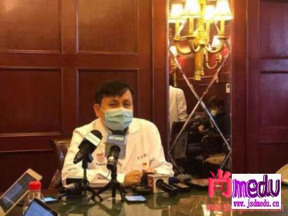 上海华山医院传染科党支部书记张文宏主任:我们一定要跑在病毒前头!
