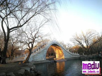 刑满释放黄女士从武汉到北京一路绿灯!谁的神通如此广大?