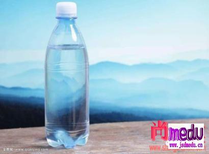 矿泉水纯净水到底什么区别?
