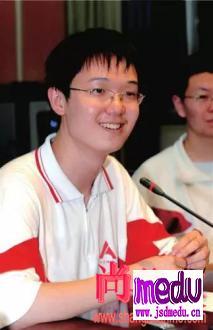 北京理科状元李泰伯拒绝北京大学,却遭外国11所名校拒绝,网友:高分低能?