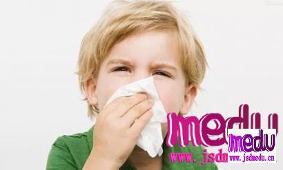 为什么有人总流鼻血,快速止血方法!