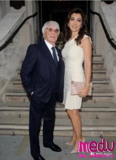 89岁前F1总裁伯尼与43岁娇妻的儿子法比亚娜将出生:男人想要孩子何时都不晚?