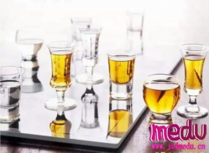 怎样喝酒不伤肝?还能帮助解酒?
